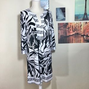 Cristinalove black & white shift dress, Sz. XL